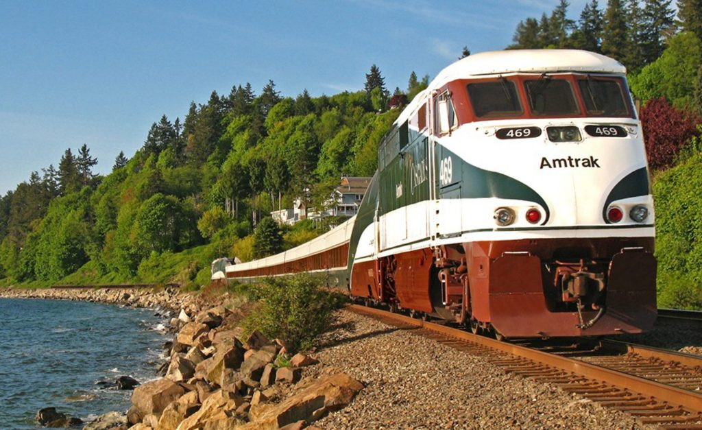 5 Most Stunningly Beautiful Train Rides In The US