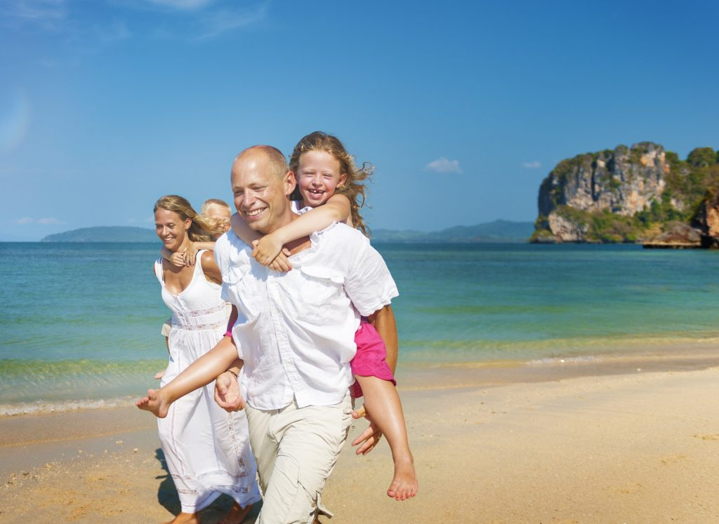 The 8 Habits Of A Healthy & Happy Family
